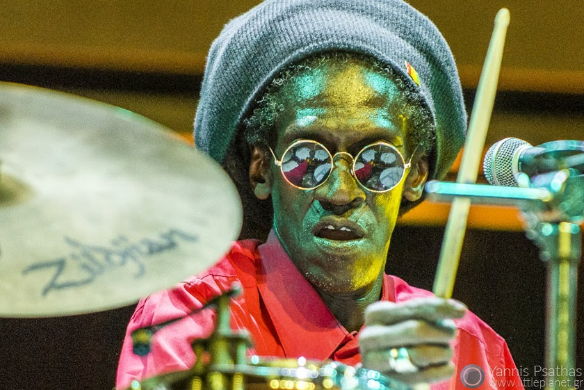 Cheikh Lo perfoming live in Womex Festival