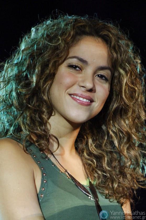 Shakira live performance in Los 40 Principales Concert, Madrid Spain. Coverage for the La Revista 40 Principales