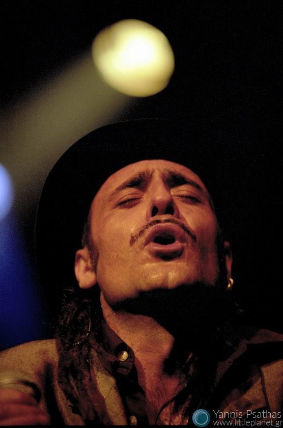 Tonino Carotone Live in Thessaloniki, Ydrogeios Club